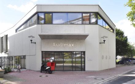 Audimax Universitätsklinkum Eingang